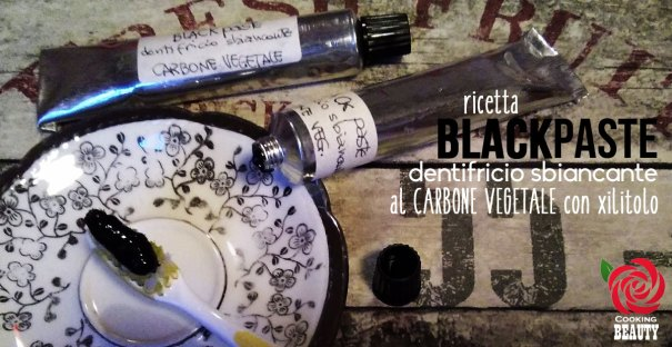Black Paste: dentifricio sbiancante carbone vegetale